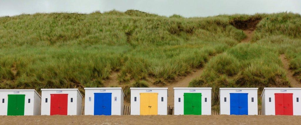 規則的に立ち並ぶ小屋